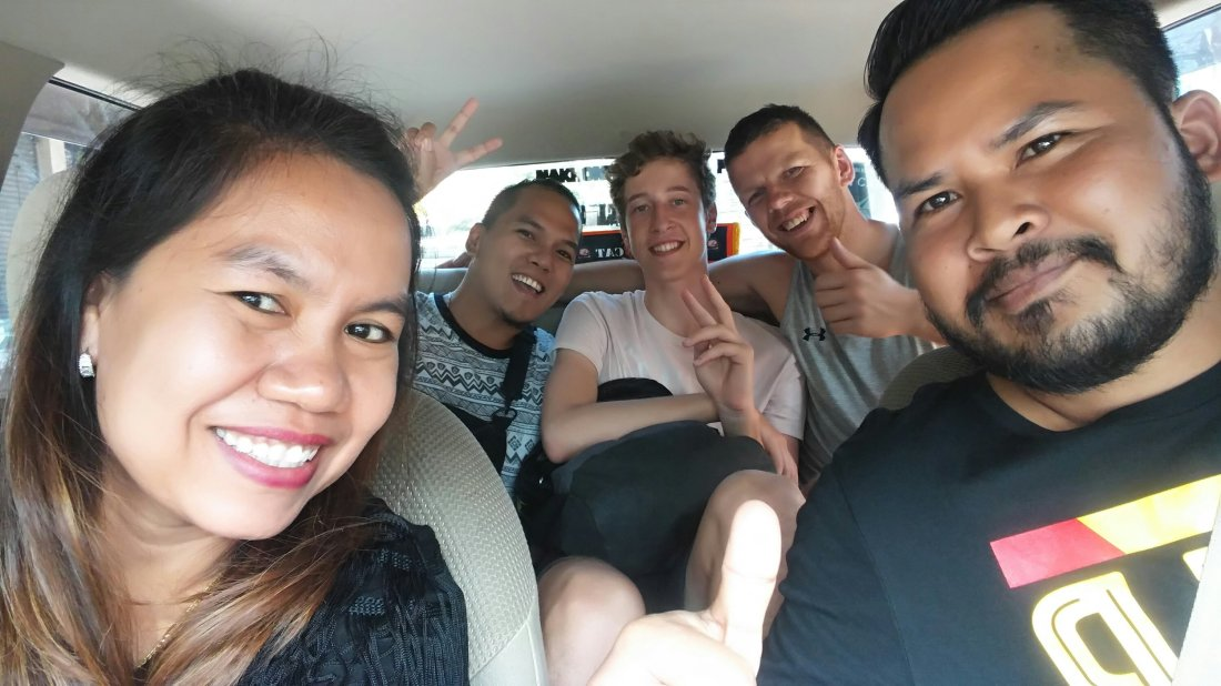 Hitchhiking with friends in Thailand
