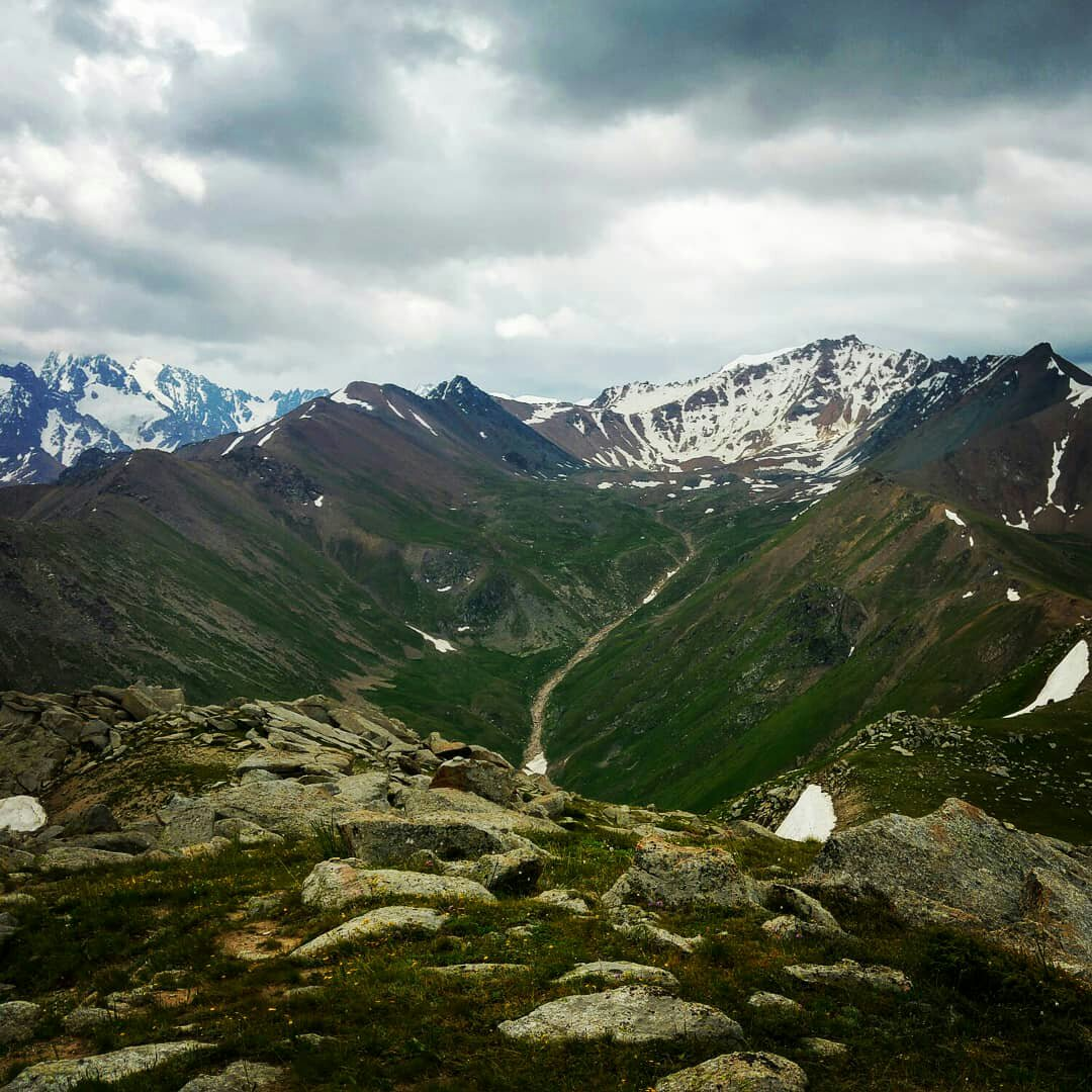 Zailiyskiy Alatau, a view from Mt Kumbel